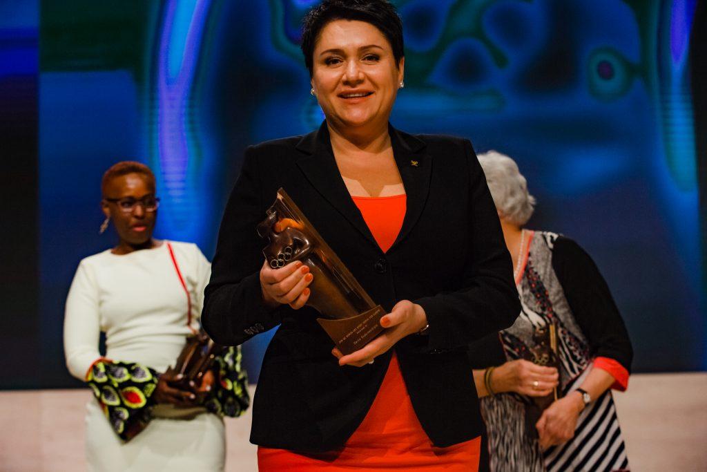 """D. Gudzinevičiūtei buvo skirtas TOK apdovanojimas """"Moteris ir sportas""""."""