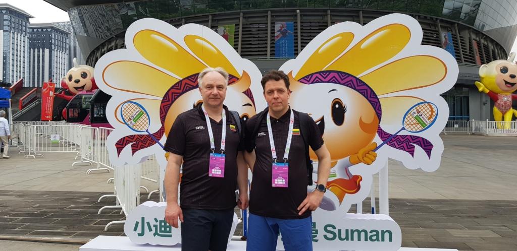 Lietuvos badmintono federacijos prezidentas tauragiškis Vilmantas Liorančas džiaugiasi didėjančiu badmintono populiarumu tarp mėgėjų, bet jam nerimą kelia didelio meistriškumo sportininkų stoka.