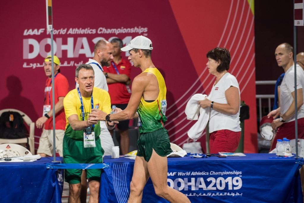 Treneris Viktoras Meškauskas ir Arturas Mastianica (A.Pliadžio nuotr.)