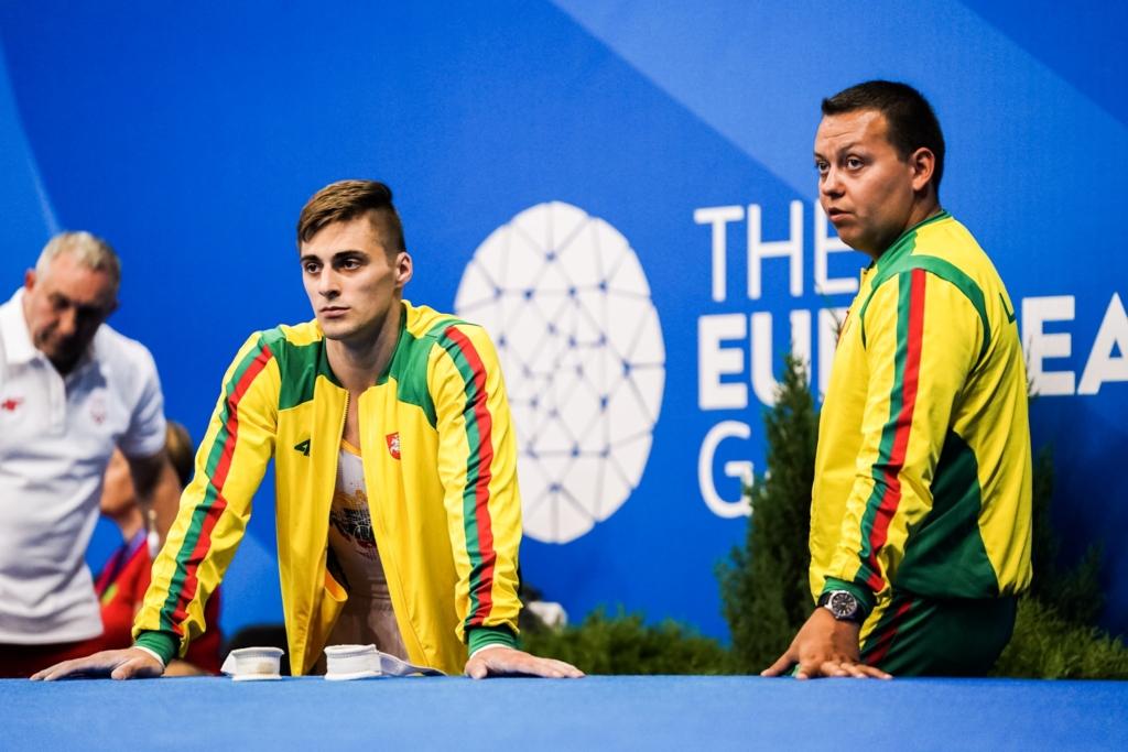 2019 m. Europos žaidynės. Robertas Tvorogalas su treneriu Jevgenijumi Izmodenovu (K.Štreimikio nuotr.)